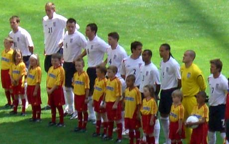 Englands herrfotbollslandslag under VM 2006 – i samband med lagets matcher  ökade våld i nära relationer. f78269f01d058